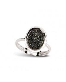 Ring aus 925er Silber mit schwarzen Zirkoniasteinen
